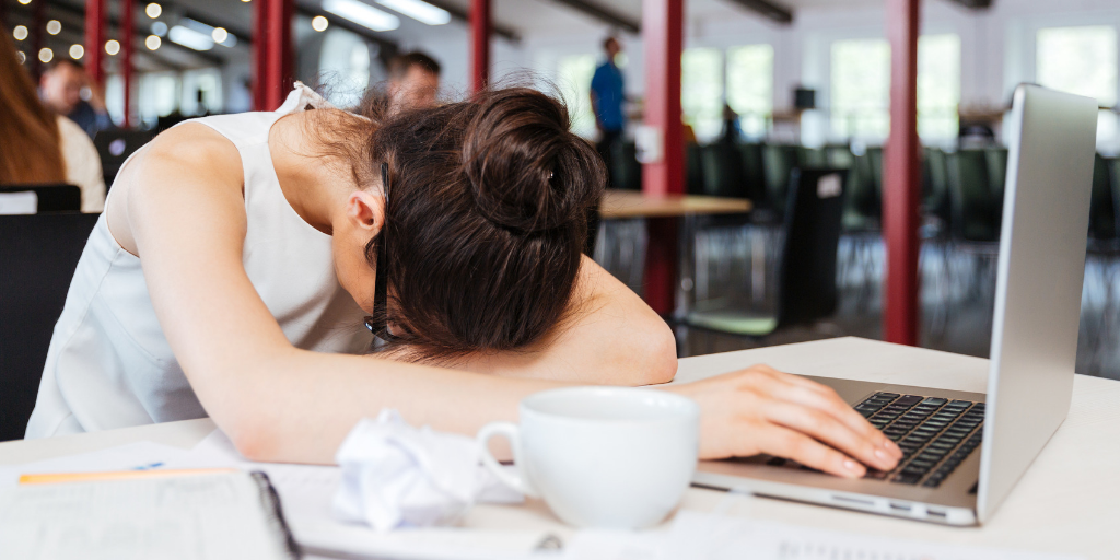 Fatigue Is a Sign of Burnout (and 9 Tips to Get Rested)